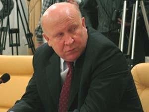 Мэр Набережных Челнов и губернатор Нижегородской области осваивают велосипед 2551340