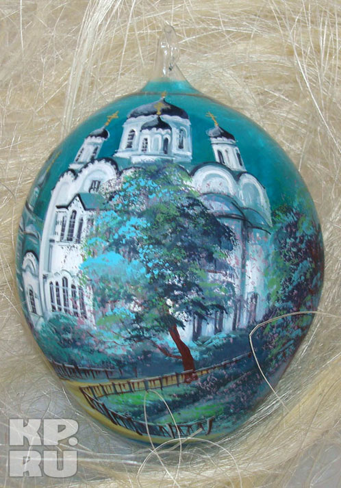 На пасхальных яйцах будут нарисованы нижегородские храмы.  Фото: Предоставлено нижегородской фабрикой елочных